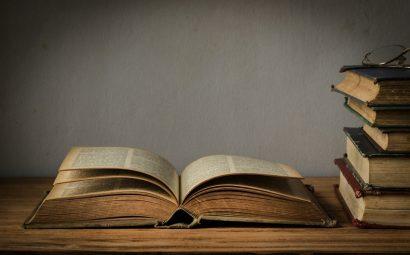 Une trop buyante solitude, livre ancien.