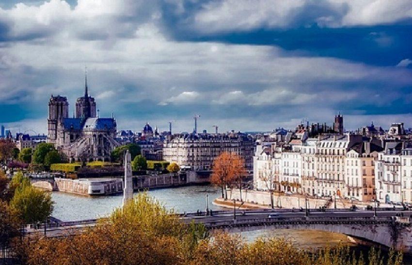 Histoire d'amour parisienne